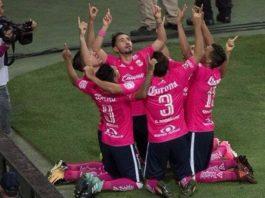 Morelia gana 2-1 a las Chivas del Guadalajara en el Omnilife